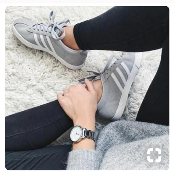 Adidas Courtset Sneaker in grey one